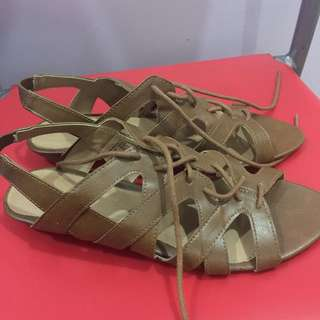 Brown shoes Size 7 1/2