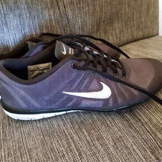 Nike 4.5
