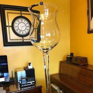 巨型玻璃酒杯/高100cm/圓周27cm/杯深40cm,開party用來裝cocktail係靚👍🏿原價$750現售$300/圖4:杯邊有小小霞痴,但不覺眼。