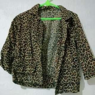 Leopard Crop Outer