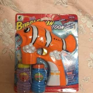 🚚 婚紗道具、小丑魚泡泡水槍