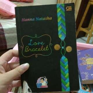 Novel Love Bracelet