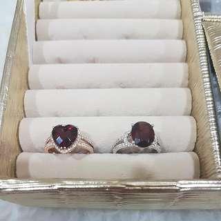 GARNET rose/ white gold ring