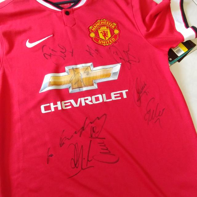 premium selection fddcf 57536 2014 signed Man Utd jersey