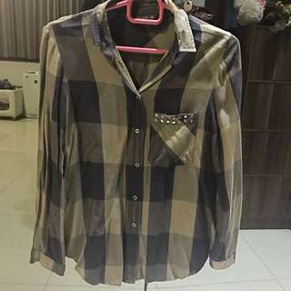 Plaid Army Green/Black shirt (ZARA)
