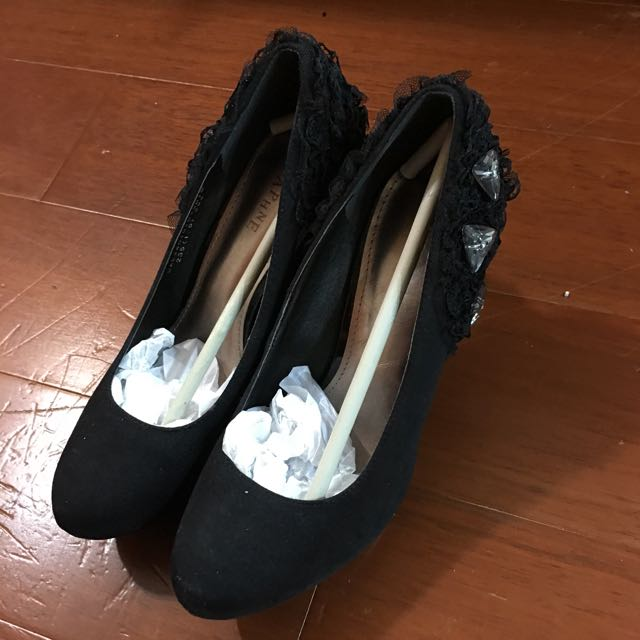 達芙妮黑色高跟鞋23.5號