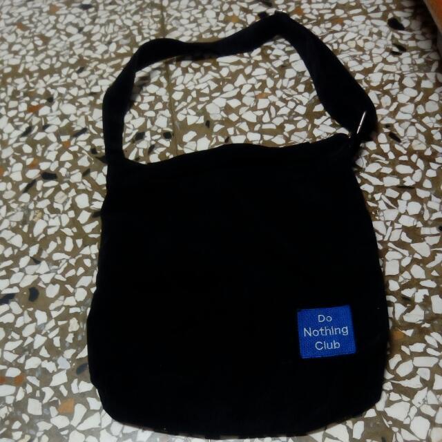 黑色韓版背包