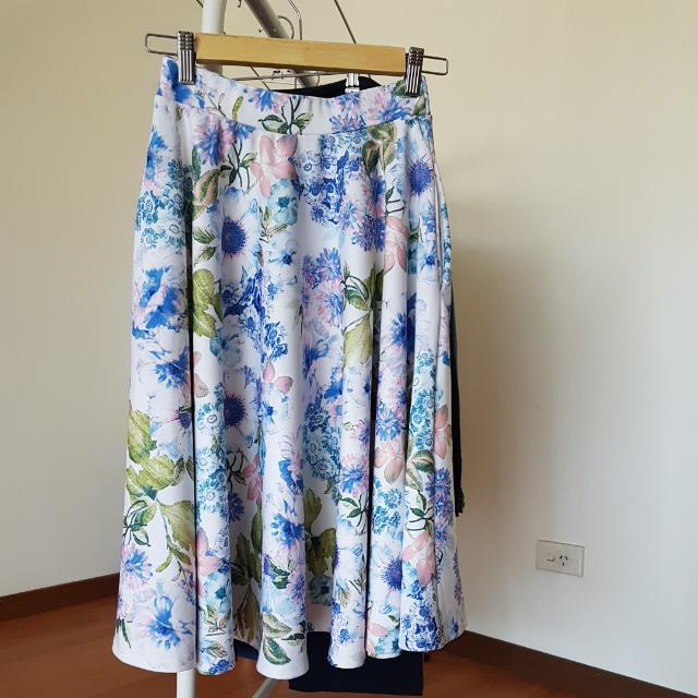Asos Floral Skirt Sz US 2