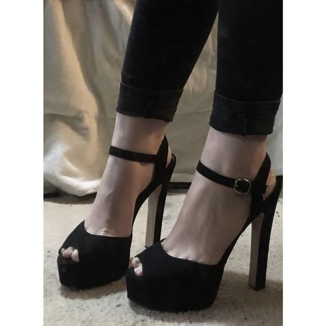 AU 8 | Lipstik Black Platform Heel