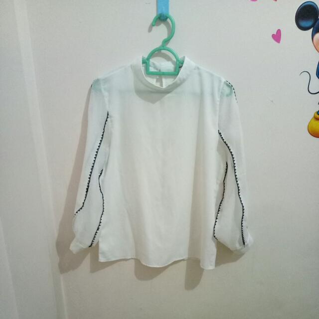 Blouse Putih (Someday Brand)
