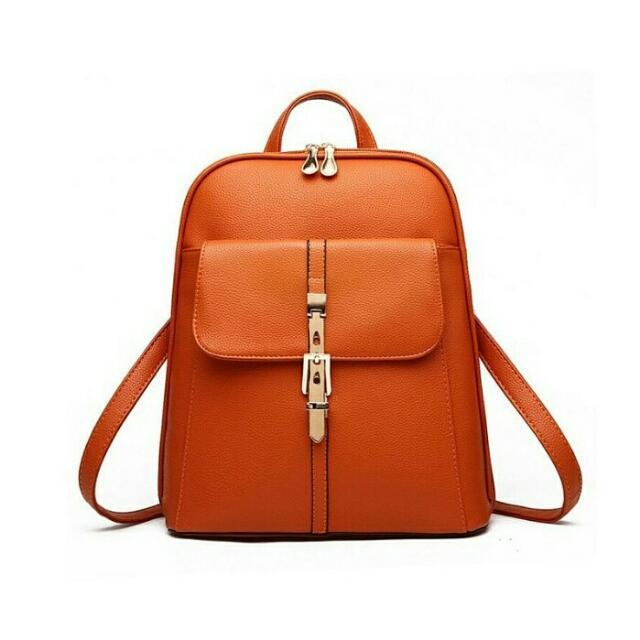 Buckled Spacious Bag
