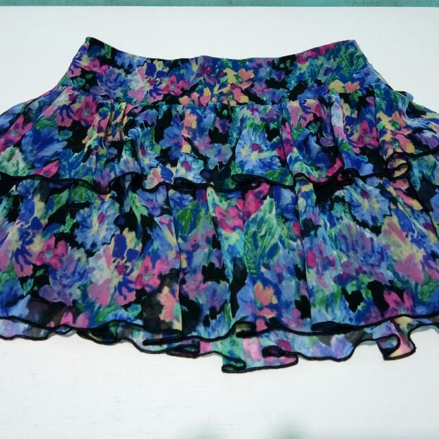 Floral Skirt *repriced* less 50php