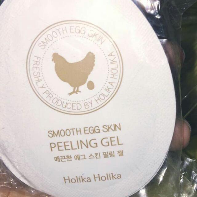 Holika Smooth Egg Skin Peeling Gel