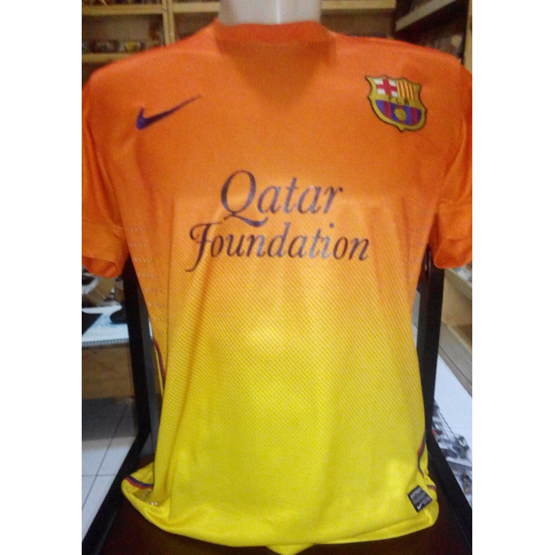 c56e926385a Jersey Away Barcelona Nike Orange Kuning Original, Men's Fashion, Men's  Clothes on Carousell