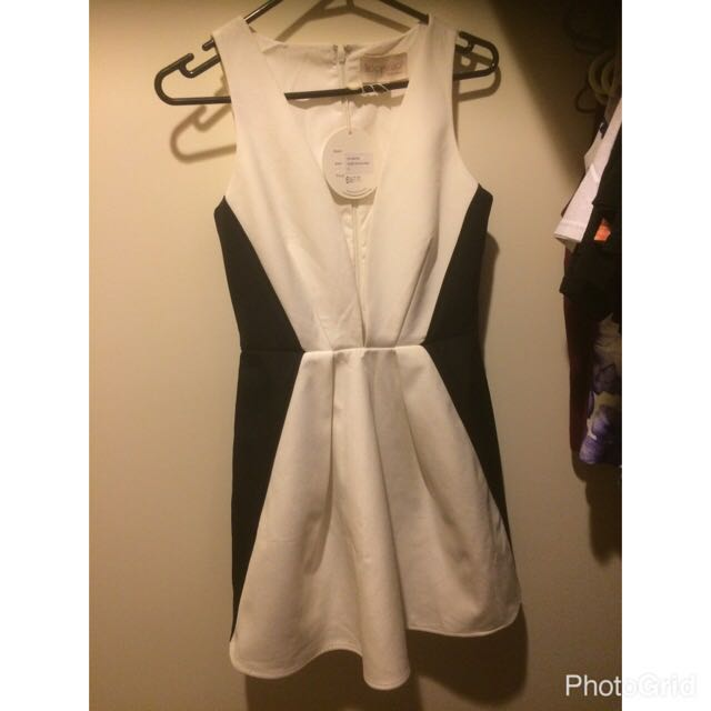 Keepsake Dress Size Small