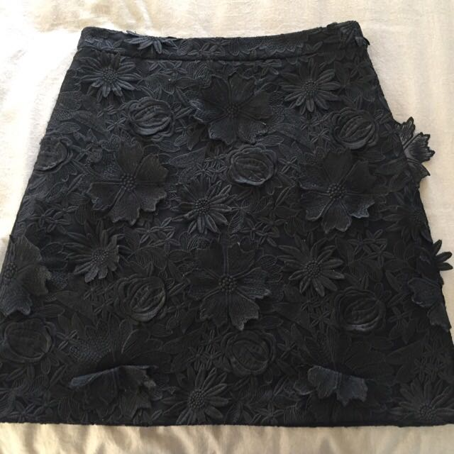 Kookai Fleur Skirt In Black Size 36