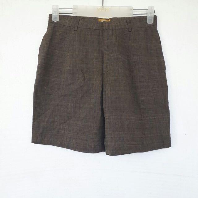 Lurik Shorts Size L