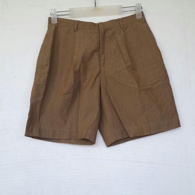 Lurik Shorts Size M