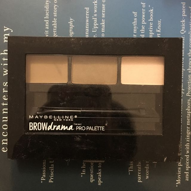 Maybeline Brow Kit