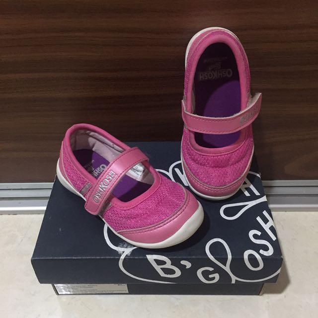 Oshkosh - Shoes Girl (Size 6)