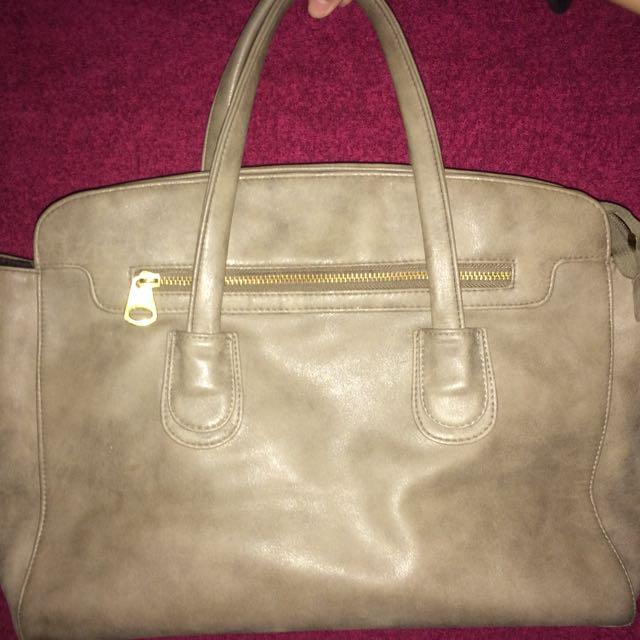 Repriced!!! Parisian Hand Bag