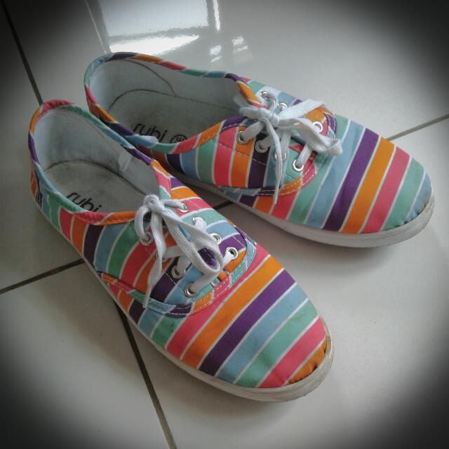 Rainbow Sneakers size 39