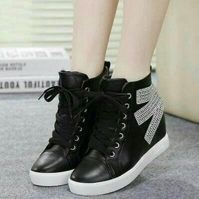 Sepatu Realpict