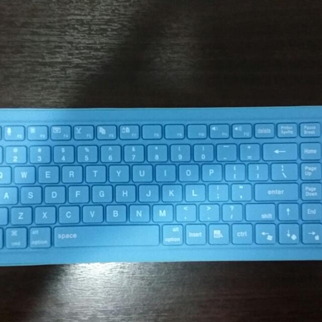 silicon Bluetooth Compact soft keyboard Blue  (Brand New)