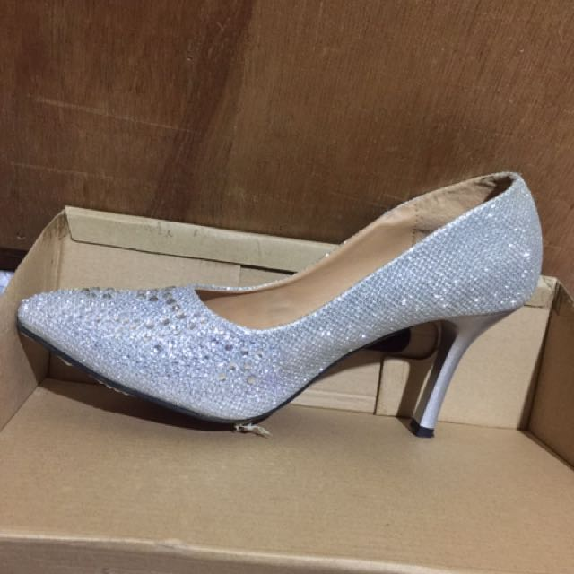 Simply LOLLA Silver Shoes
