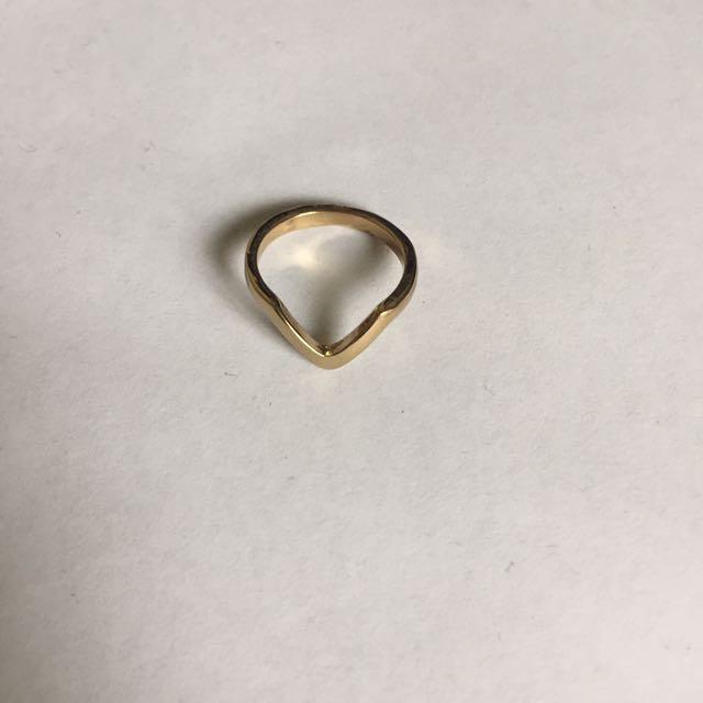 V Shape Ring