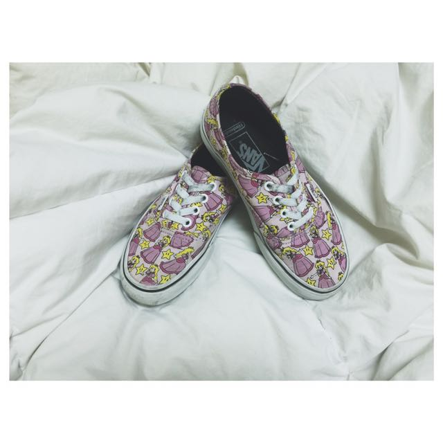 VANS x Nintendo Princess Peach Authentic