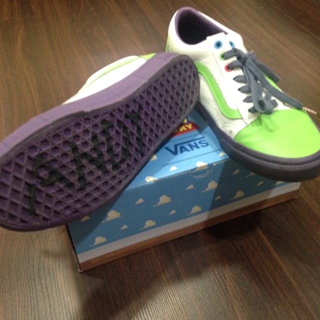 Vans X Toy Story Buzz Lightyear Limited Edition Men S Fashion