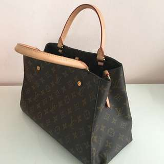 ( Almost Brand NEW ) Louis Vuitton Bag HK