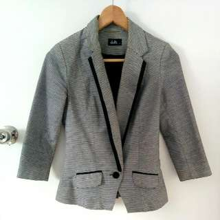 Dotti Striped Blazer Size 6