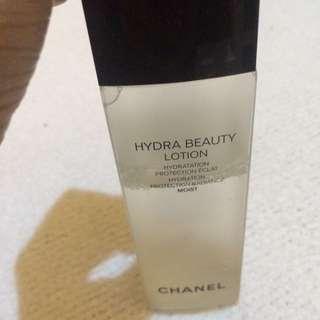 Chanel Hydra Beauty Lotio.