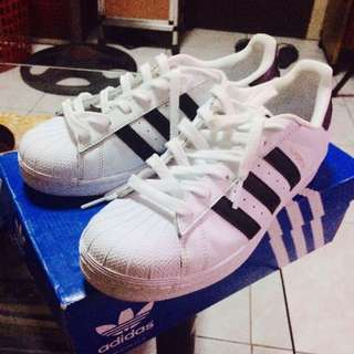 REPRICED!!! Adidas superstar AUTHENTIC