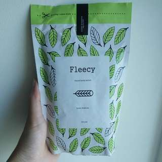Fleecy Scrub Greente (Lulur) ORIGINAL