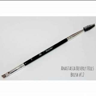 Anastasia Beverly Hills Eyebrow Brush