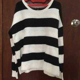 Sweater F21