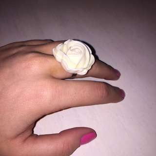 OFF WHITE Resin Rose Ring