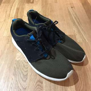 First Edition Nike Roshe Run Size US 10.5