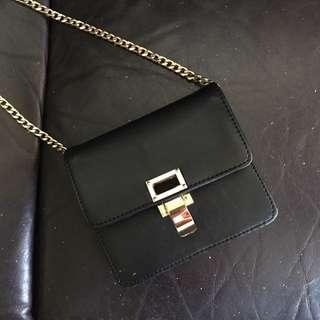 Uterqüe 西班牙設計品牌真皮手袋