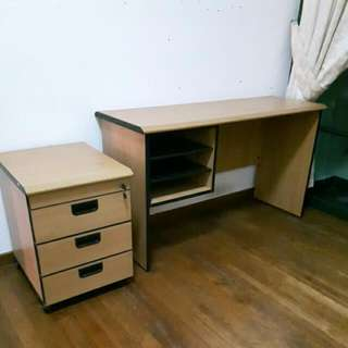 Study table n chair set