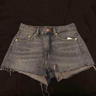 🚚 H&m 牛仔短褲