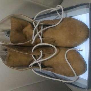 Boots Zara suede