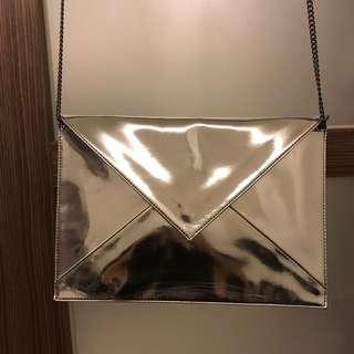 Zara銀色信封包