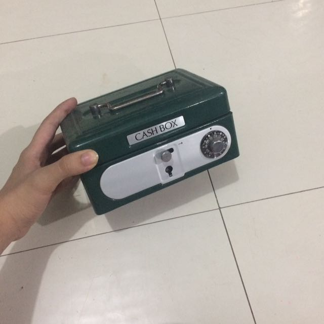 ( Php300 Only!!! ) Cash Box