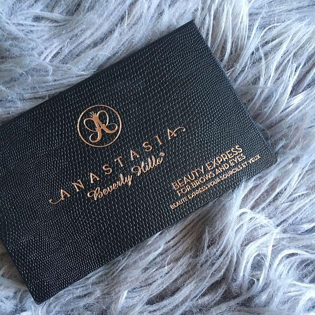 Anastasia Brows And Eyes Kit