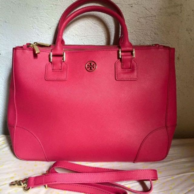 Auth tory Burch