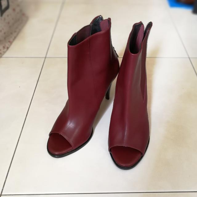 1b1d59fd98e4 Authentic Calvin Klein Peep-toe Stiletto Boots